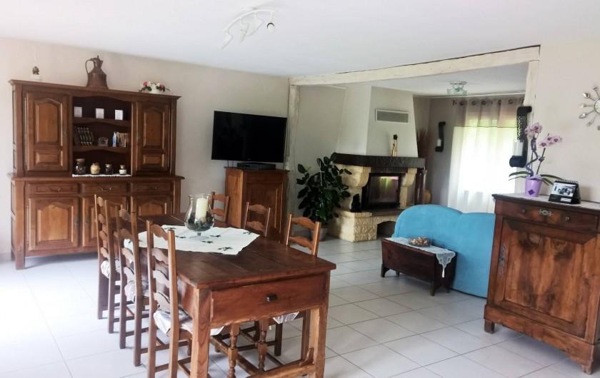 Location de vacances - Villa à Marquay - SALLE A MANGER