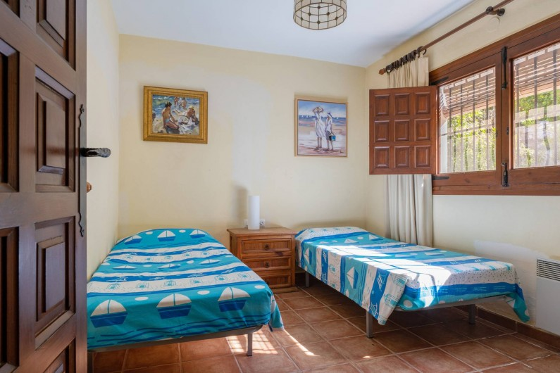Location de vacances - Villa à Xàbia - CHAMBRE AVEC 2 LITS SIMPLES