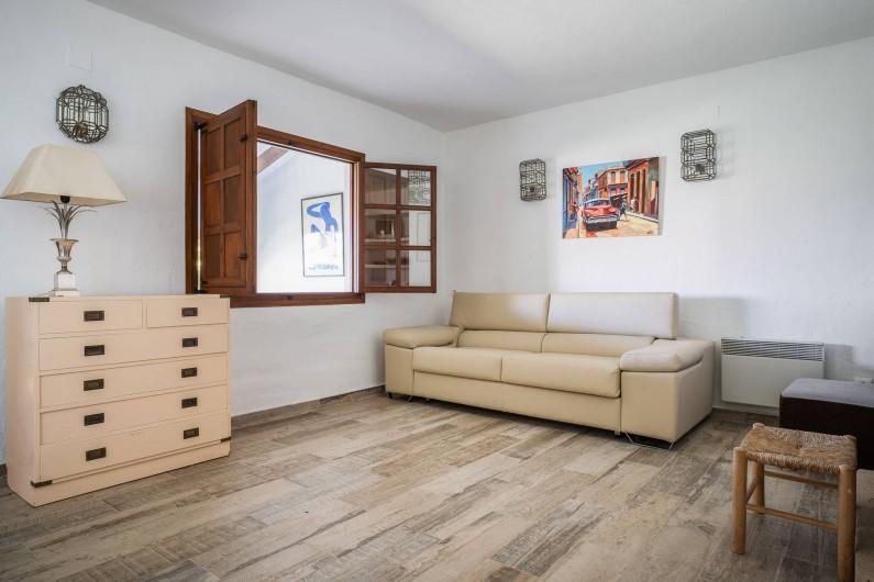 Location de vacances - Villa à Xàbia - SALON DE LA DEPENDANCE AVEC CANAPE CONVERTIBLE