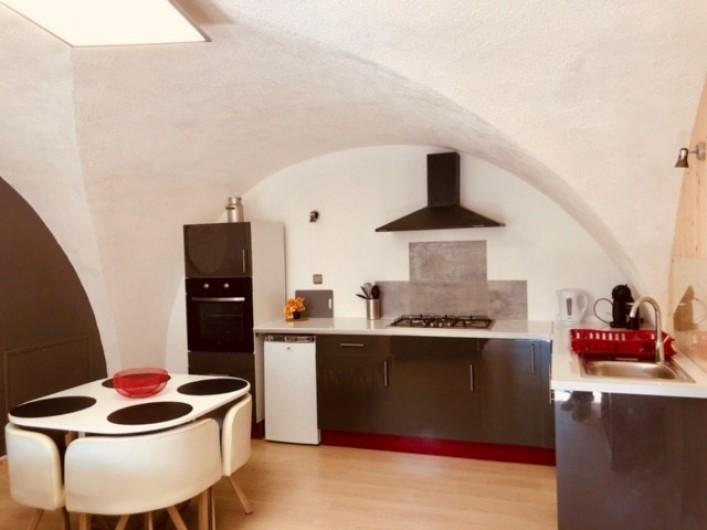 Location de vacances - Appartement à Chauvet - Cuisine équipée