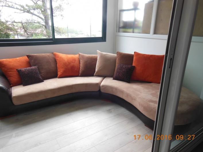 Location de vacances - Appartement à Bidart - Terrasse coté droit avec divan