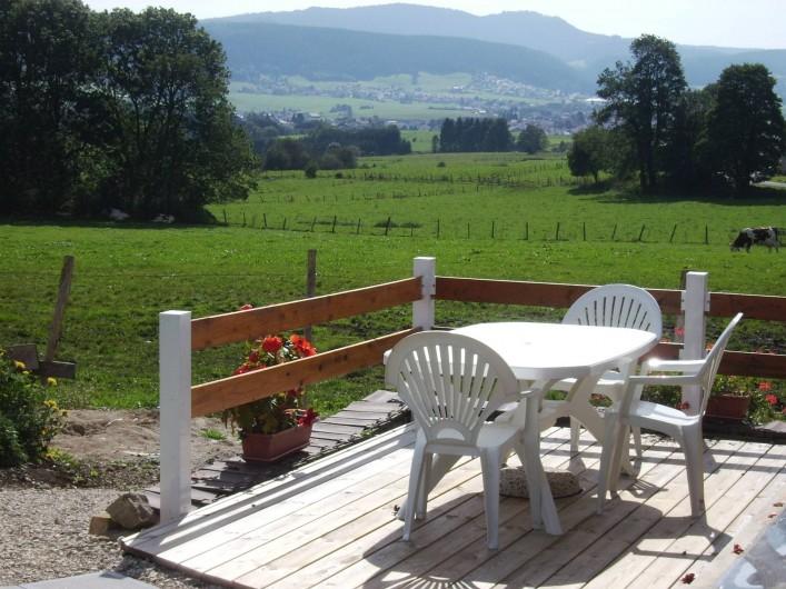 Location de vacances - Gîte à Les Fins - terrasse