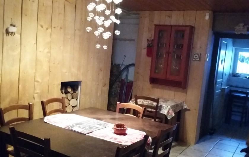 Location de vacances - Villa à Le Mont-Dore - salle à manger