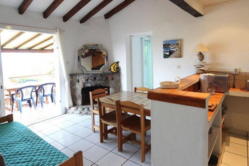 Location de vacances - Bungalow - Mobilhome à Sainte-Lucie de Porto-Vecchio - sejour mini villa 4/5pers