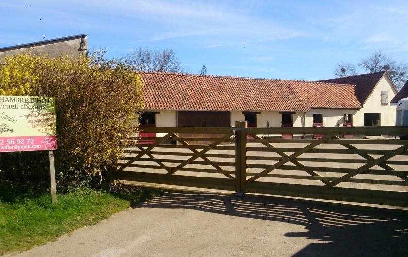 Location de vacances - Gîte à Saint-Martin-Choquel - Entrée de la ferme