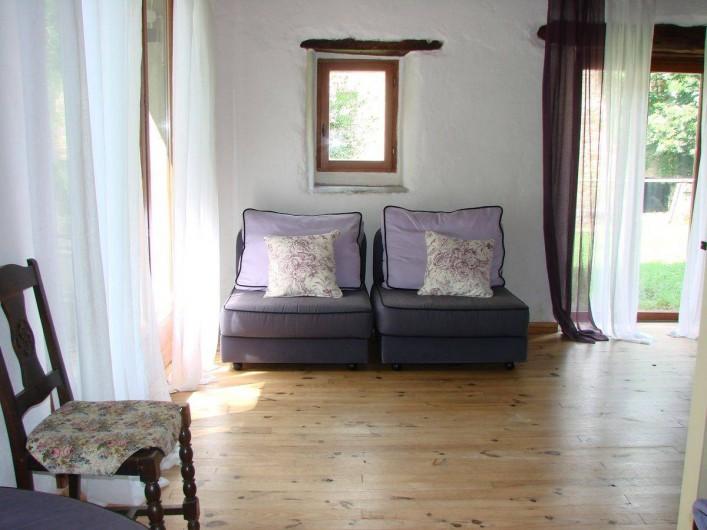 Location de vacances - Gîte à Vernoux-en-Vivarais - La grande maison (salon)
