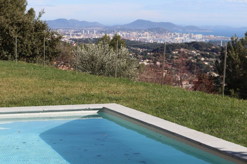 Location de vacances - Villa à Ollioules - vue est Toulon