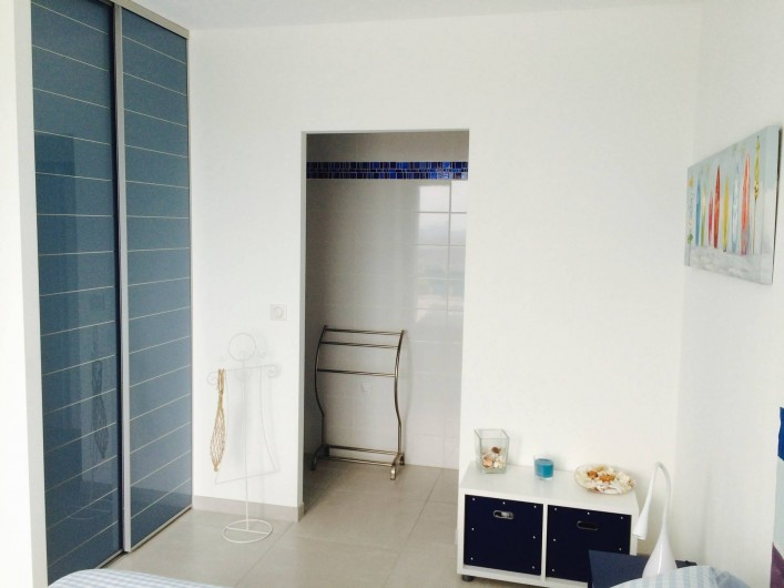 Location de vacances - Villa à Ollioules - chambre bleue