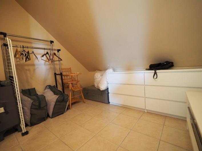 Location de vacances - Appartement à Merville-Franceville-Plage - Entrée avec rangements