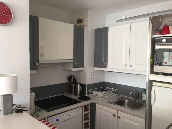 Location de vacances - Appartement à Roquebrune-sur-Argens - Cuisine américaine