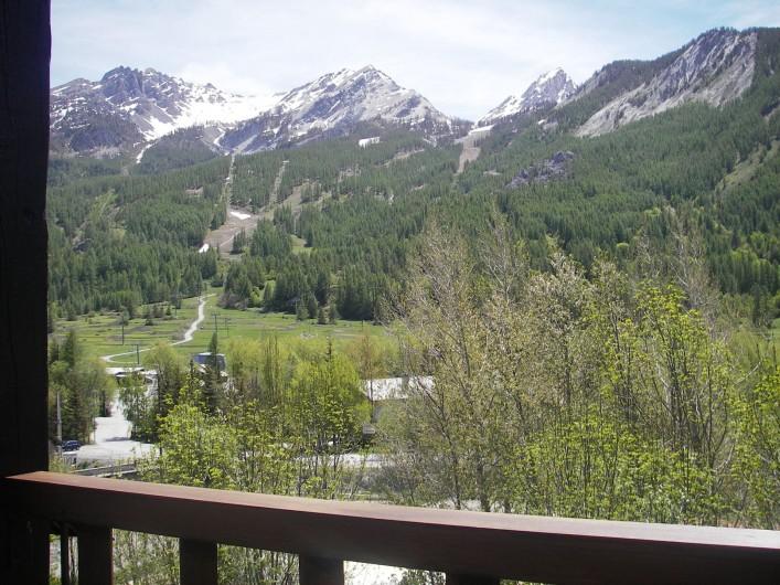 Location de vacances - Appartement à Le Monêtier-les-Bains - Vue d'été