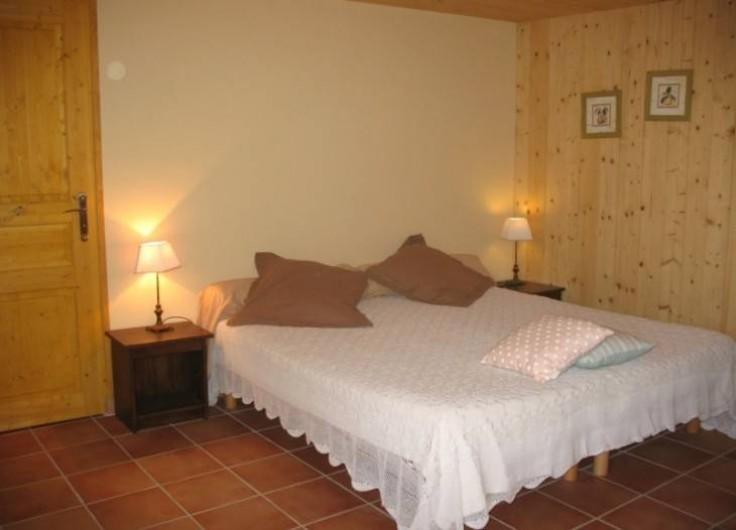Location de vacances - Chambre d'hôtes à Saint-Laurent-d'Oingt - Chambre Intérieure