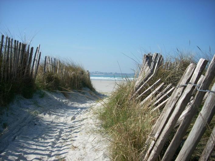 Location de vacances - Gîte à Concarneau - entrée de dunes près des étangs