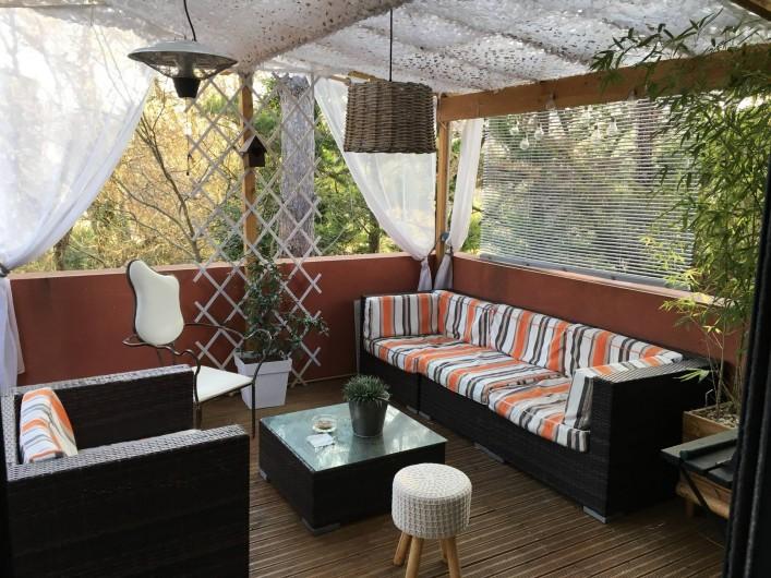 Location de vacances - Villa à Grabels - Terrasse semi couverte