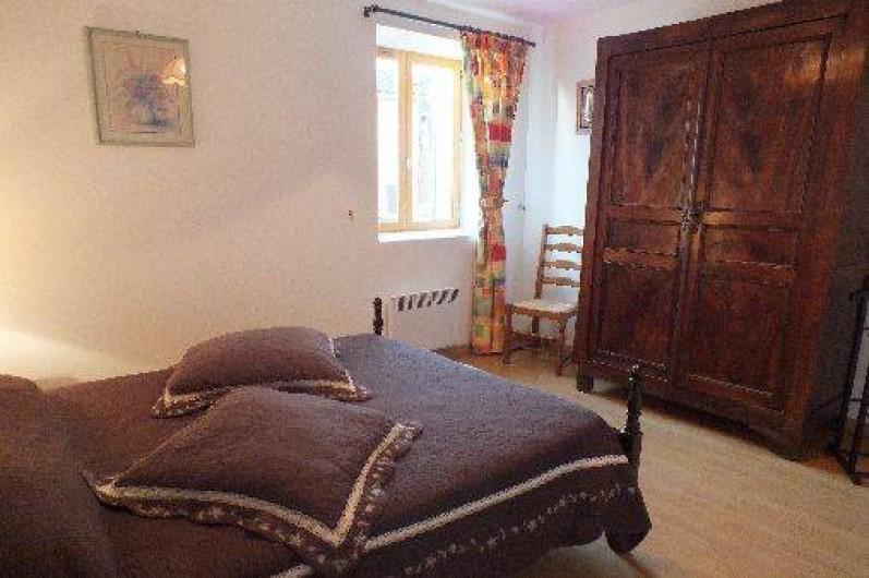 Location de vacances - Gîte à Thénac - Chambre 2 RDC, lit en 160