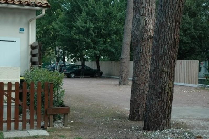 Location de vacances - Maison - Villa à Ronce les Bains - L'entrée du parking privé de la résidence