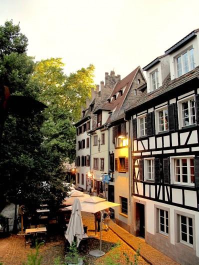 Location de vacances - Appartement à Strasbourg - Vue du salon coté Sud