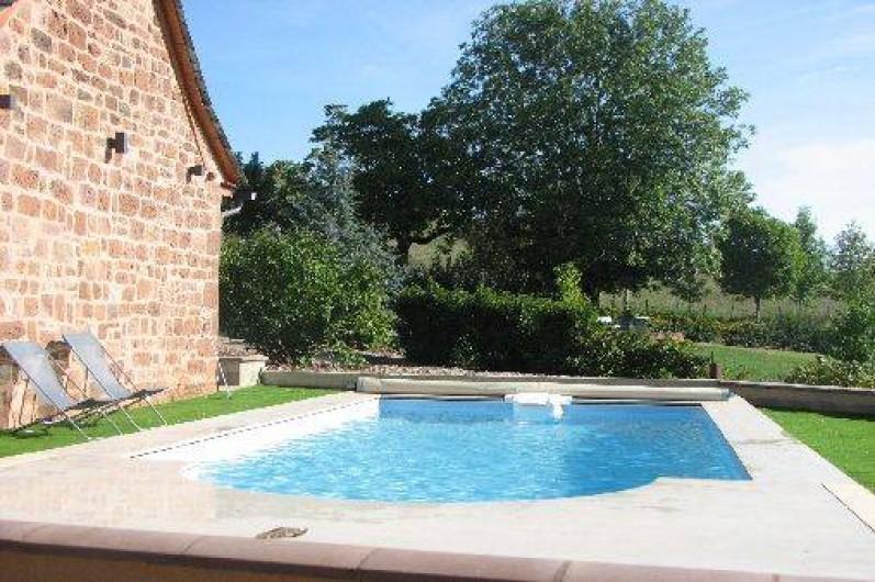 Gite avec piscine priv e auzits dans l 39 aveyron for Vacances en aveyron avec piscine