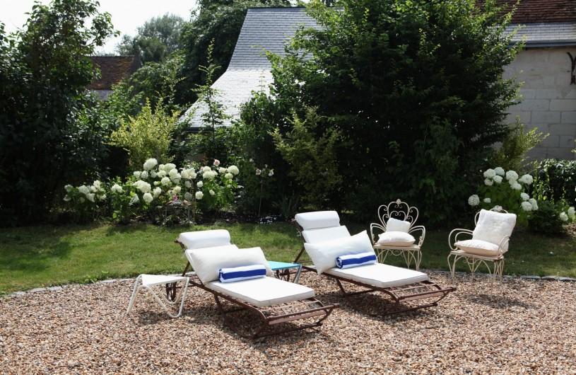 Location de vacances - Villa à Berthenay - Bain de soleil plein Sud