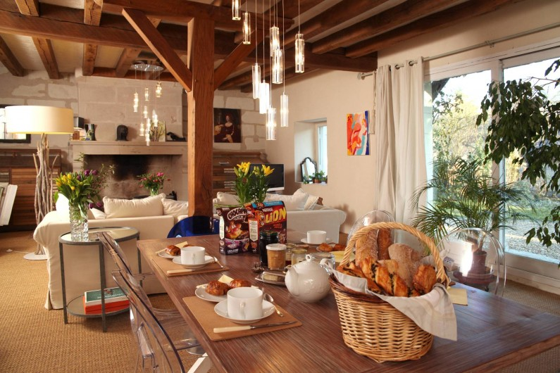 Location de vacances - Villa à Berthenay - Grand séjour-salon plein Sud