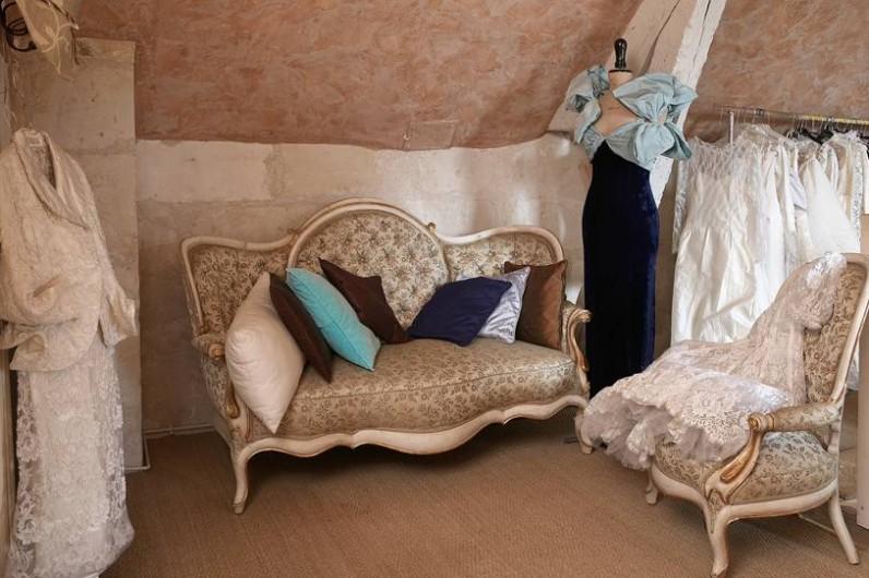 Location de vacances - Villa à Berthenay - Salon 1er ét. robes VINTAGE collection