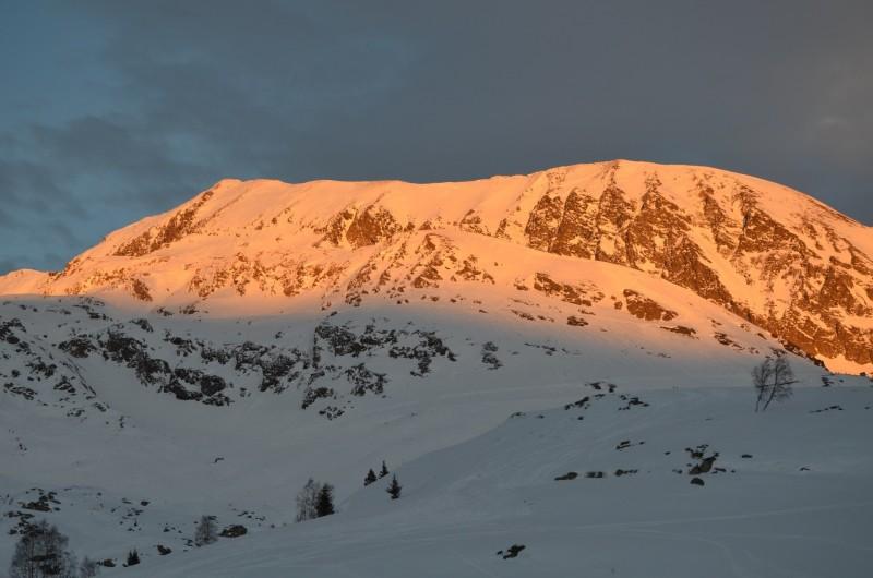 Location de vacances - Studio à L'Alpe d'Huez - Coucher de soleil sur les Grandes Rousses