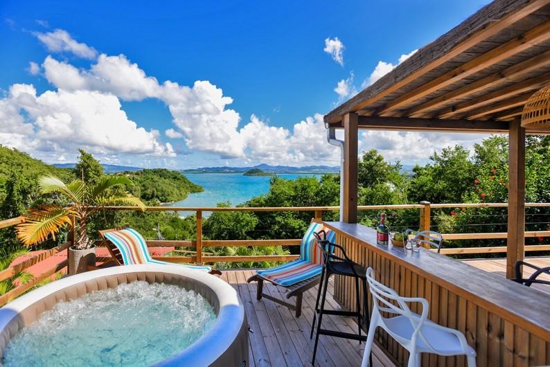 Location de vacances - Villa à Les Trois-Îlets - Bar côté terrasse
