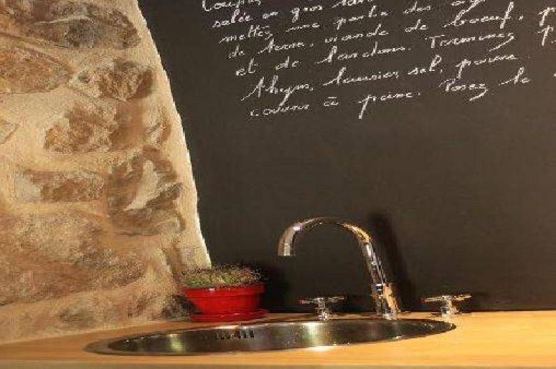 Location de vacances - Gîte à Chirols - détail cuisine
