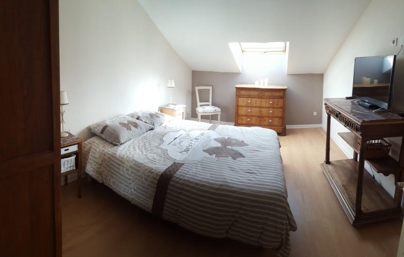 Location de vacances - Gîte à Médière - Chambre avec lit double