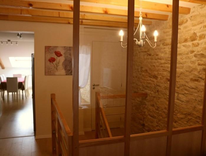 Location de vacances - Gîte à Médière - Entre cuisine et salon