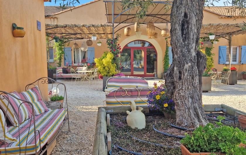 Location de vacances - Gîte à Collias - Evénement privé Mariage 48 couchage