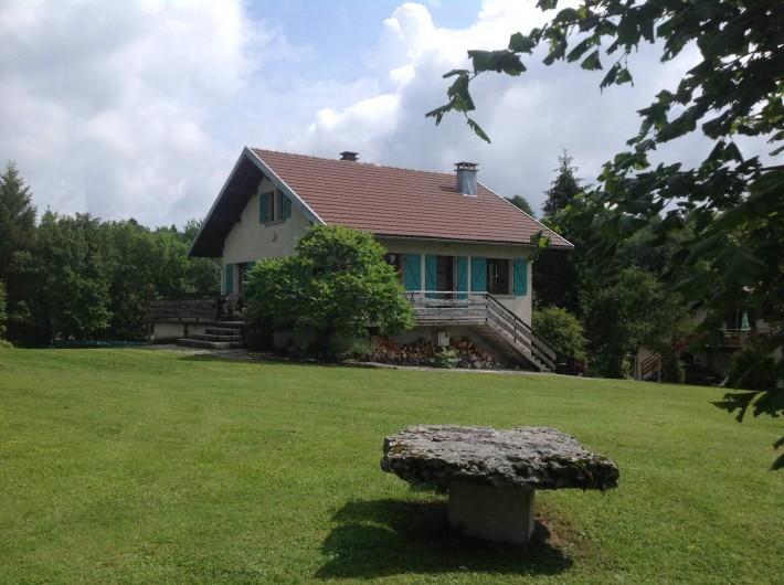 Location de vacances - Chalet à Bonlieu - le printemps