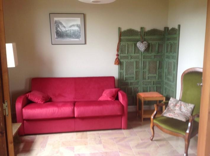 Location de vacances - Chalet à Bonlieu - Petit salon, transformable en chambre
