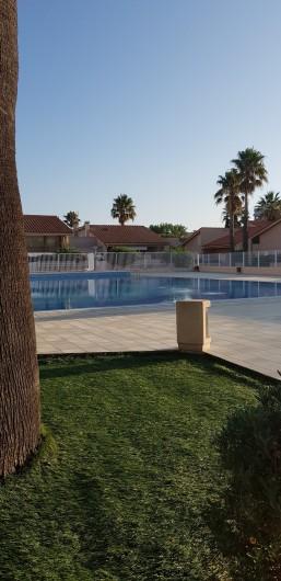 Location de vacances - Villa à Saint-Cyprien Plage - Piscine 2ème vue
