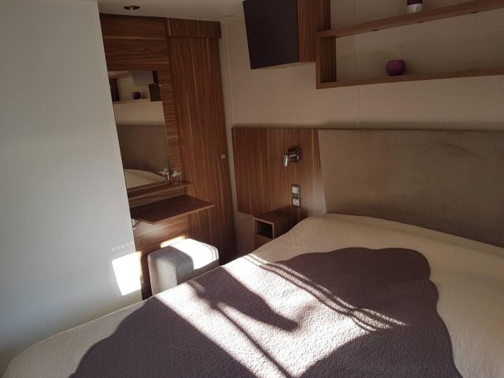 Location de vacances - Bungalow - Mobilhome à Gastes - CHAMBRE 1 AVEC DRESSING