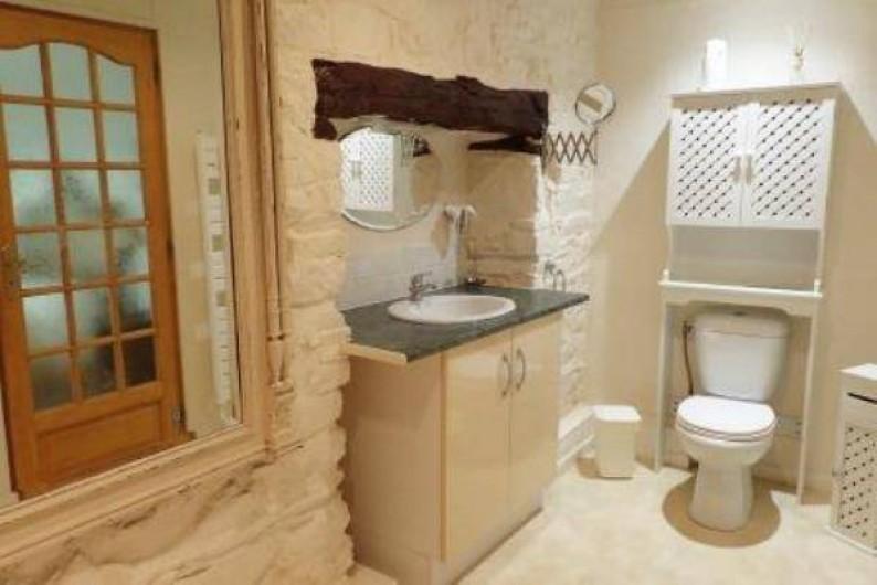 Location de vacances - Gîte à Saint-Jean-du-Doigt - Salle de bain