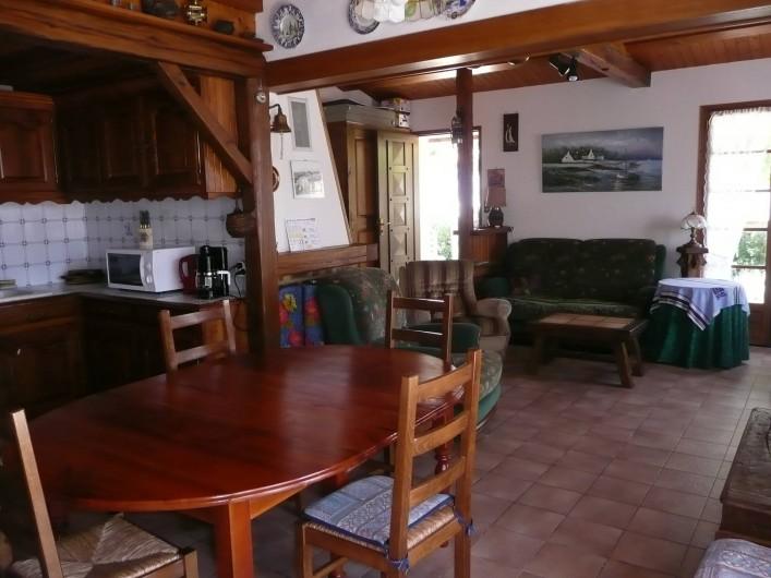 Location de vacances - Villa à La Tranche-sur-Mer - cuisine salon
