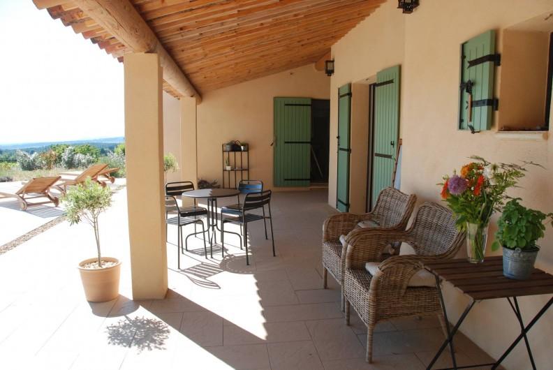Location de vacances - Mas à Bédoin - Terrasse