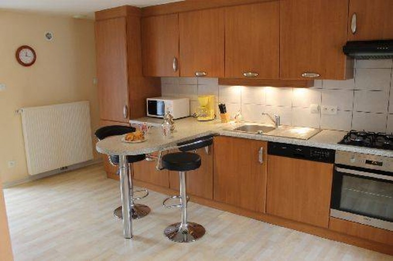 Location de vacances - Maison - Villa à Ventron - cuisine complètement amènagée.