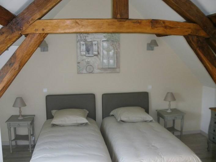 Location de vacances - Gîte à Jonquières - Chambre 2 avec deux lits simple