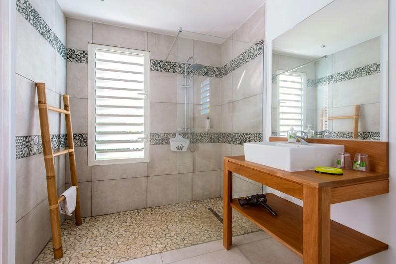 Location de vacances - Hôtel - Auberge à Saint-François - salle de bain