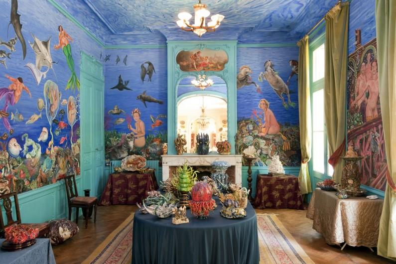 Location de vacances - Chambre d'hôtes à Béziers - Le salon des sirènes, un plongeon dans l'art.