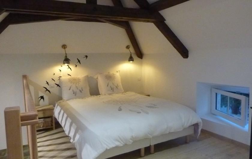 Location de vacances - Villa à Vosne-Romanée - Lit double chambre du haut