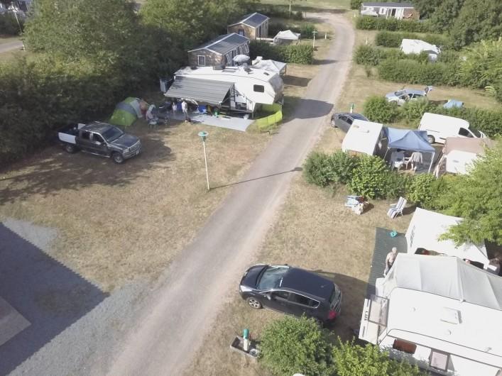 Location de vacances - Camping à Pressignac - Tentes, caravanes et camping-car