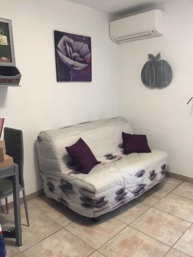 Location de vacances - Studio à Bormes-les-Mimosas - BZ 140 Cm