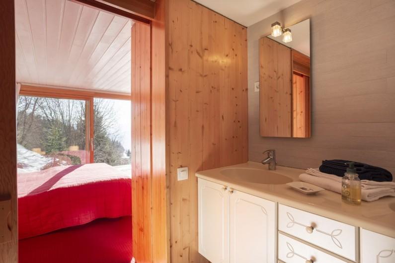Location de vacances - Chalet à Bourg-Saint-Maurice - Sale de bain Chambre 1