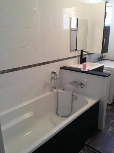 Location de vacances - Villa à Camélas - salle de bains n 2