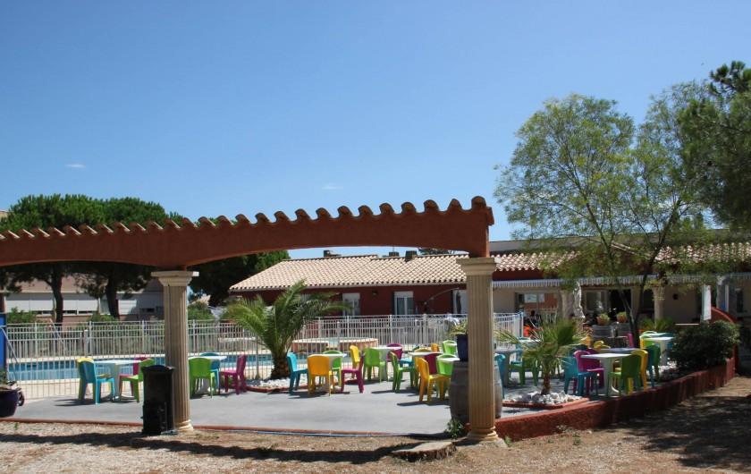 Location de vacances - Bungalow - Mobilhome à Salses-le-Château - Terrasse été