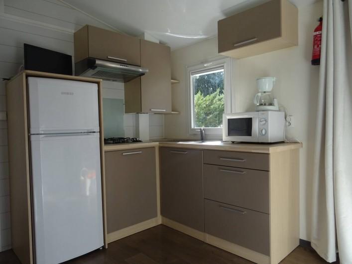 Location de vacances - Bungalow - Mobilhome à Salses-le-Château - coin cuisine