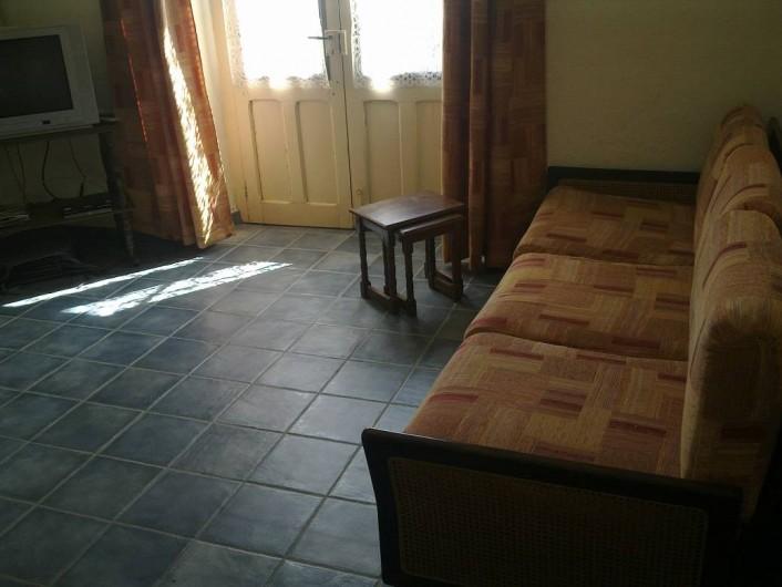Location de vacances - Chambre d'hôtes à Chassagnes - Gîte : salon